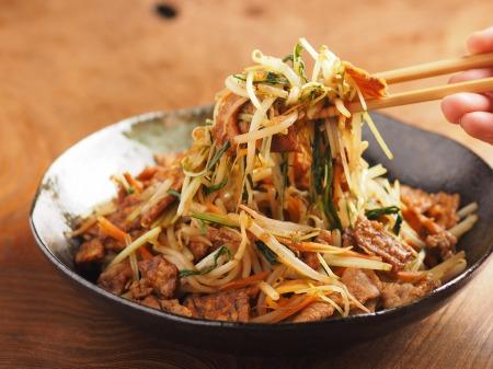もやしと水菜のソース炒めt22
