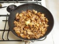 かしわと干し椎茸のバター焼きt48