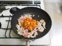 ブロッコリーの豚キムチ炒めt05