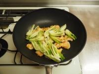 鶏むね肉と青梗菜の香味炒t16