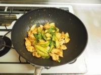 鶏むね肉と青梗菜の香味炒t23