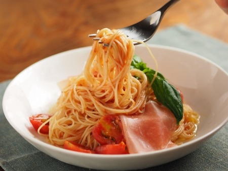 トマトの冷製パスタt62