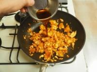 鶏皮キムチ炒めt12