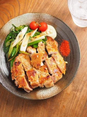 鶏もも肉と大ねぎの旨塩焼きt26
