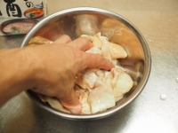 生ホルモンのカレー風味焼き04