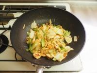 キャベツと鶏むね肉のピリ辛生15