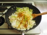 キャベツとひき肉のカレーマヨ炒15