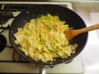 キャベツとひき肉のカレーマヨ炒17
