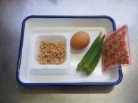 オクラ納豆の巣篭もり卵丼01