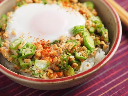 オクラ納豆の巣篭もり卵丼23