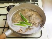 味噌味のオクラ納豆蕎麦09