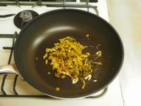 砂肝とキノコの高菜炒め26