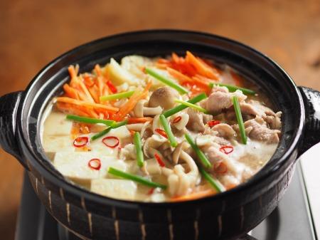 柔らか豚肉のにんにく味噌鍋20