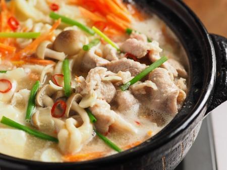柔らか豚肉のにんにく味噌鍋31