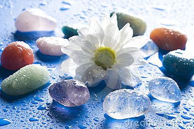healing-gem-stones-15253541.jpg