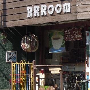横須賀「RRROOM」