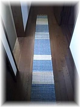 葛布の織りあがり