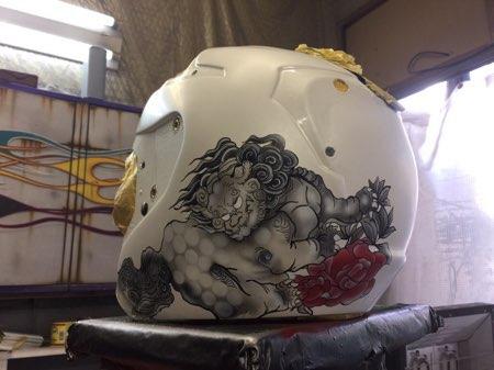 新作ヘルメット