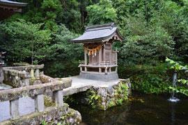 1280px-Itsukushima-jinja_(U.jpg