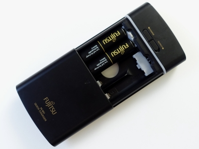 富士通 USBモバイル急速充電器 FSC341FX-B(FX)T