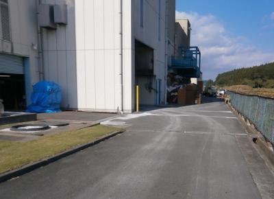 塙町クリーンセンター 灰の搬出 2012.11 (400x290)