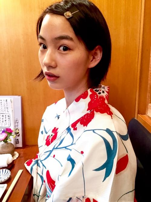能年玲奈が美しすぎる浴衣写真をブログ掲載