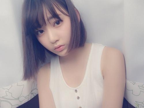 宮脇咲良、Twitter開始 1日で7万人がフォロー