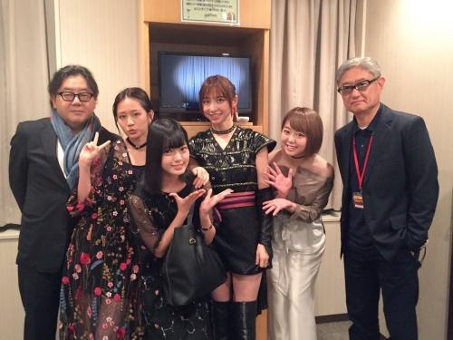 欅坂46 平手友梨奈、あっちゃん&篠田らと豪華異色写真「すごいメンバー」「峯岸とだけは関わりませんように…」の声