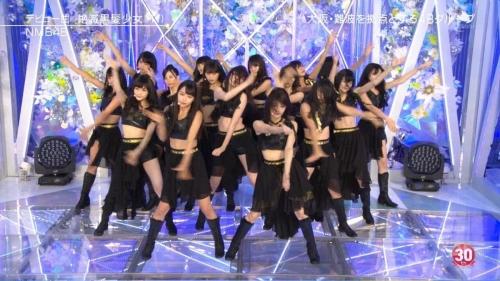 NMB48 全員黒髪でデビュー曲『絶滅黒髪少女』を熱唱!「黒髪の統一感は美しい」「やっぱり黒髪やなぁ」の声