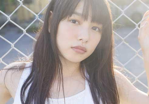 桜井日奈子の初写真集に「もはや日本の奇跡!」