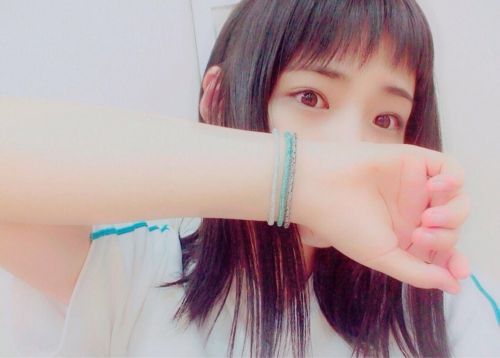 SKE高塚夏生 「広瀬すずです」 鼻から上ソックリ