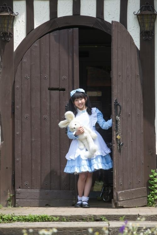 本田望結:天才美少女探偵役でドラマ初主演 ミステリーの女王・名取裕子も絶賛の女優魂