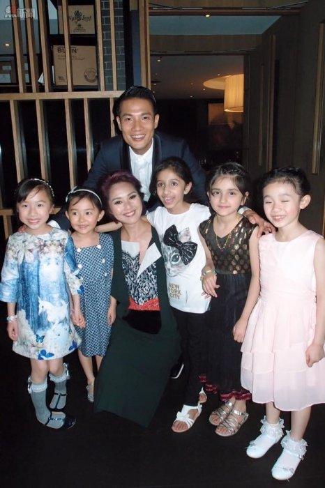 「五個小孩的校長」の女の子とミリアム・ヨン