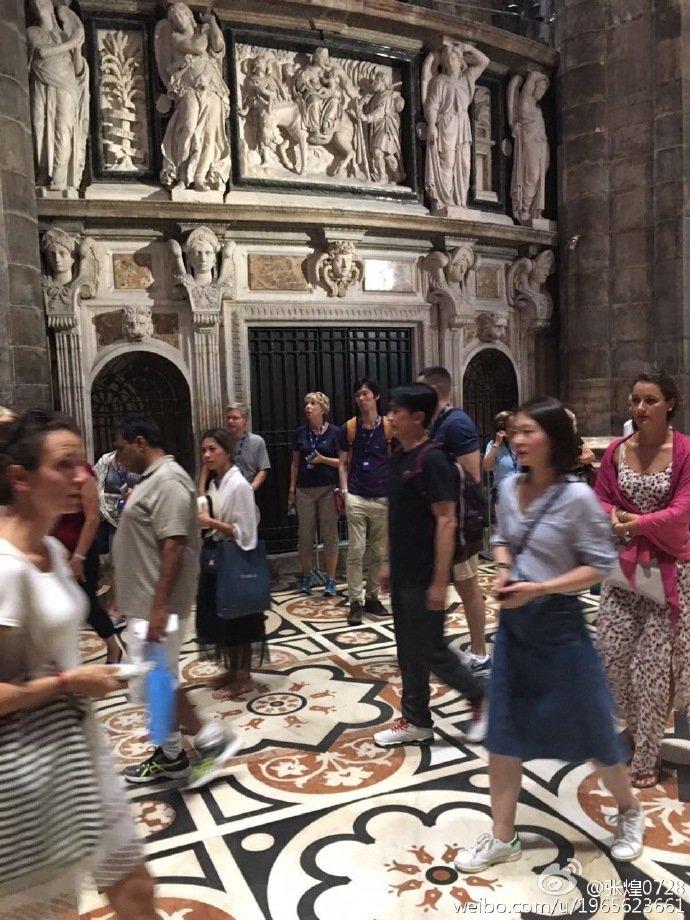 トニーさん@ミラノ大聖堂1