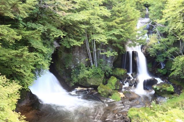 竜頭の滝 (640x427)