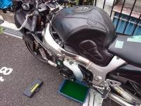 狐巣 GSX1300R 修理