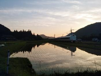 20160517電車夕暮れ