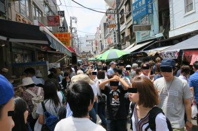 場外市場の混雑
