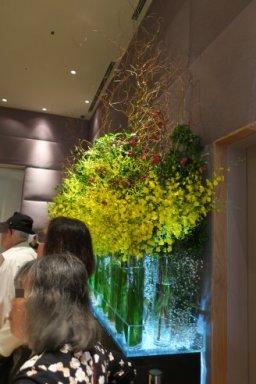 エレベータルームの花