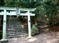 神社と登山道