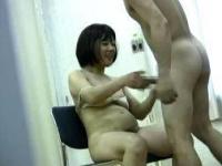【熟女】ヨガを習いに来てるおばちゃんをナンパしてハメる竿師♪