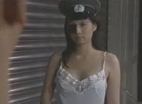 【ヘンリー塚本】眼帯の女性看守が後輩にセックスの相手御するように命令するロマンポルノの濡れ場【ヘンリー塚