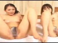 熟女動画 年で売れなくなった熟女が娘を連れてきて親子丼で3Pセックスで頑張る!