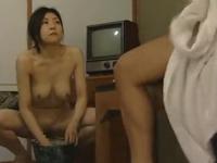 ヘンリー塚本 今井ゆり 盲目の女マッサージ師が全裸になって早速フェラで男のちんこをマッサージ