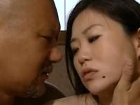 ヘンリー塚本 ナンパ目的で一人旅にでた女が旅先で出会った男とホテルでセックス