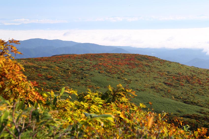 20160924東栗駒山方面の紅葉