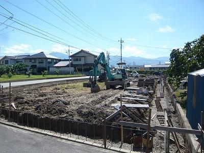 フィルコート春日居町寺本 造成工事中