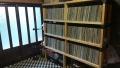 レコード棚修復完了