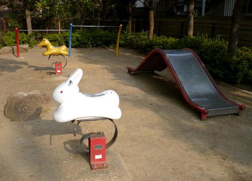スプリング遊具 ウサギ