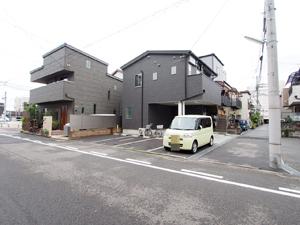 お駐車場(いづみ商会)